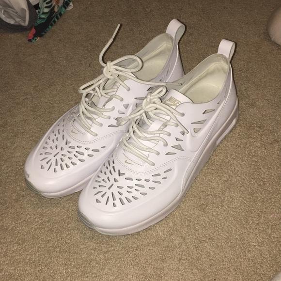 Women's Nike Air Max Thea White Cut out Size 8.5